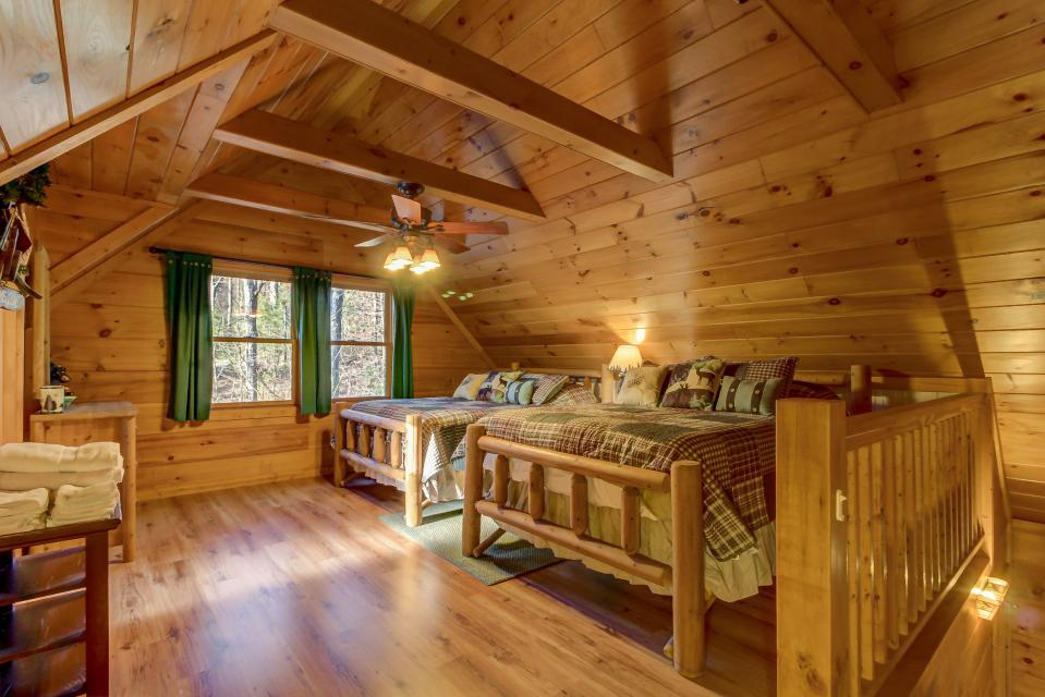 Two Bears  - Sevierville Vacation Rental - Photo 25
