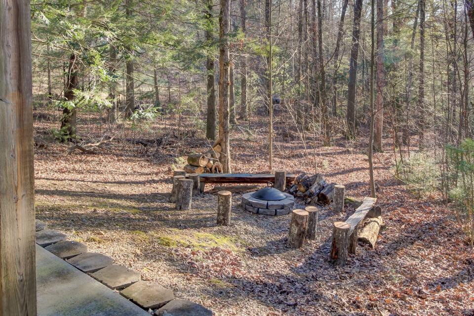 Two Bears  - Sevierville Vacation Rental - Photo 41