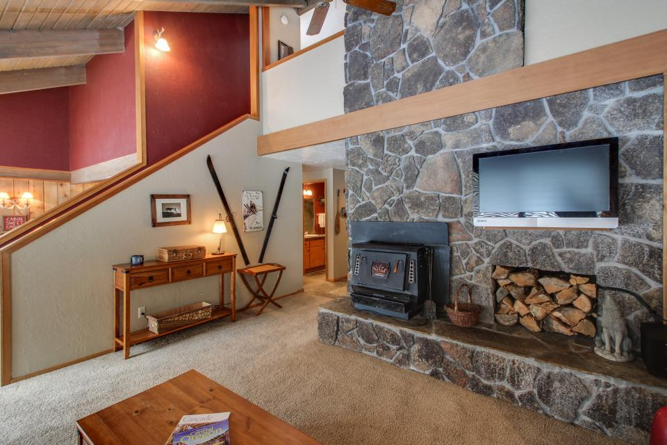 1 Crag - Sunriver Vacation Rental - Photo 9
