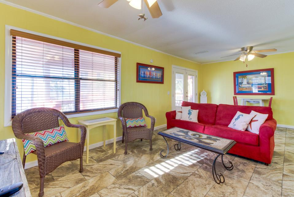 Sandy's Beach House - Panama City Beach Vacation Rental - Photo 31