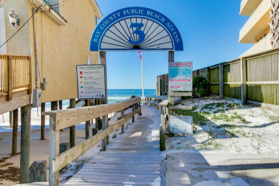 Sandy's Beach House - Panama City Beach Vacation Rental - Photo 49