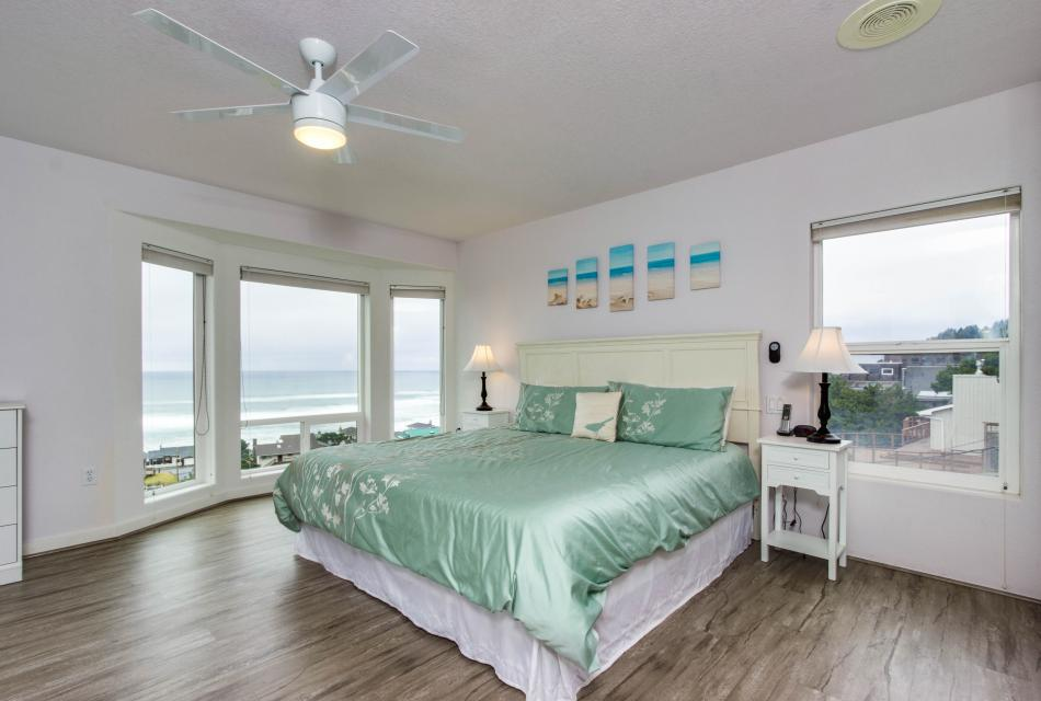 Neptune's Lookout - Lincoln City Vacation Rental - Photo 14