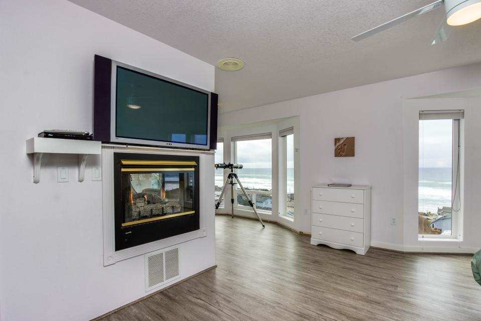 Neptune's Lookout - Lincoln City Vacation Rental - Photo 17