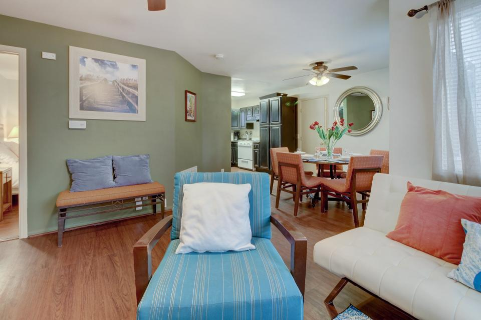 Surf and Turf Hideout - San Diego Vacation Rental - Photo 9