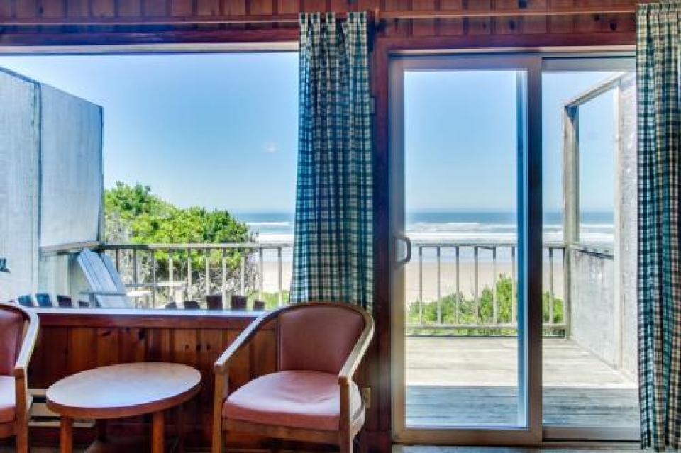 Cape Cod Cottages - Unit 4 and 5 - Waldport Vacation Rental