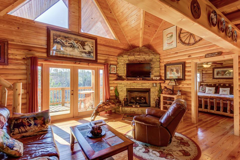 Giddy Up  - Sevierville Vacation Rental - Photo 4