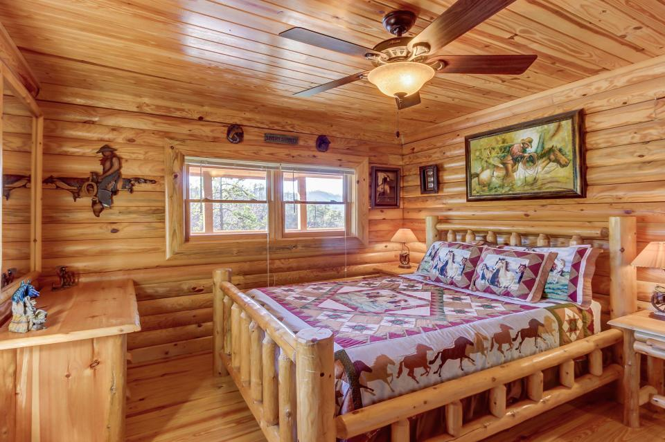 Giddy Up  - Sevierville Vacation Rental - Photo 14