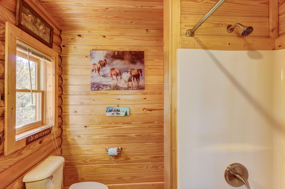 Giddy Up  - Sevierville Vacation Rental - Photo 26