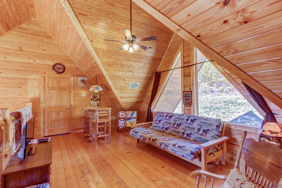 Giddy Up  - Sevierville Vacation Rental - Photo 23