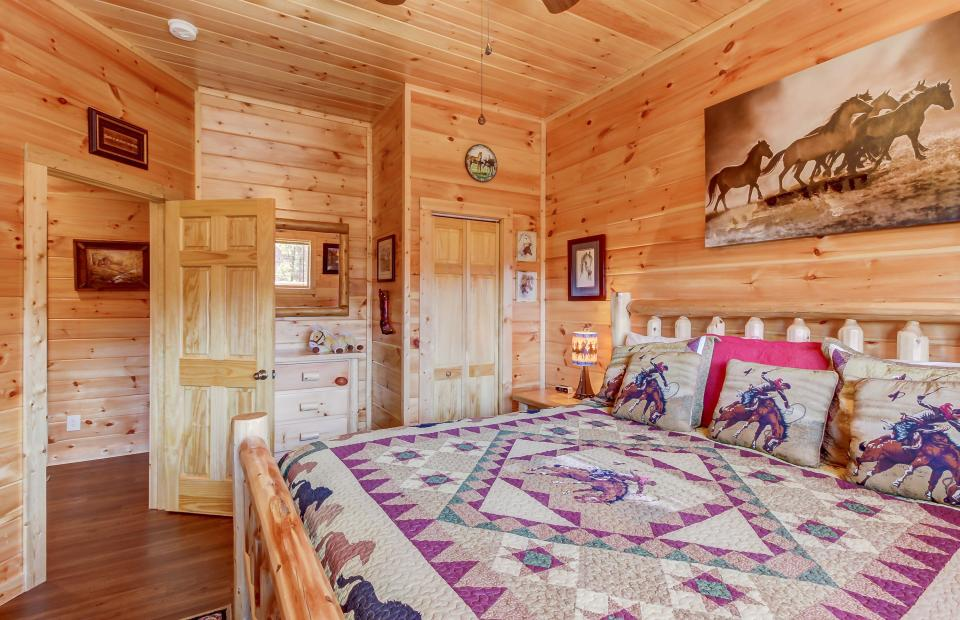 Giddy Up  - Sevierville Vacation Rental - Photo 29