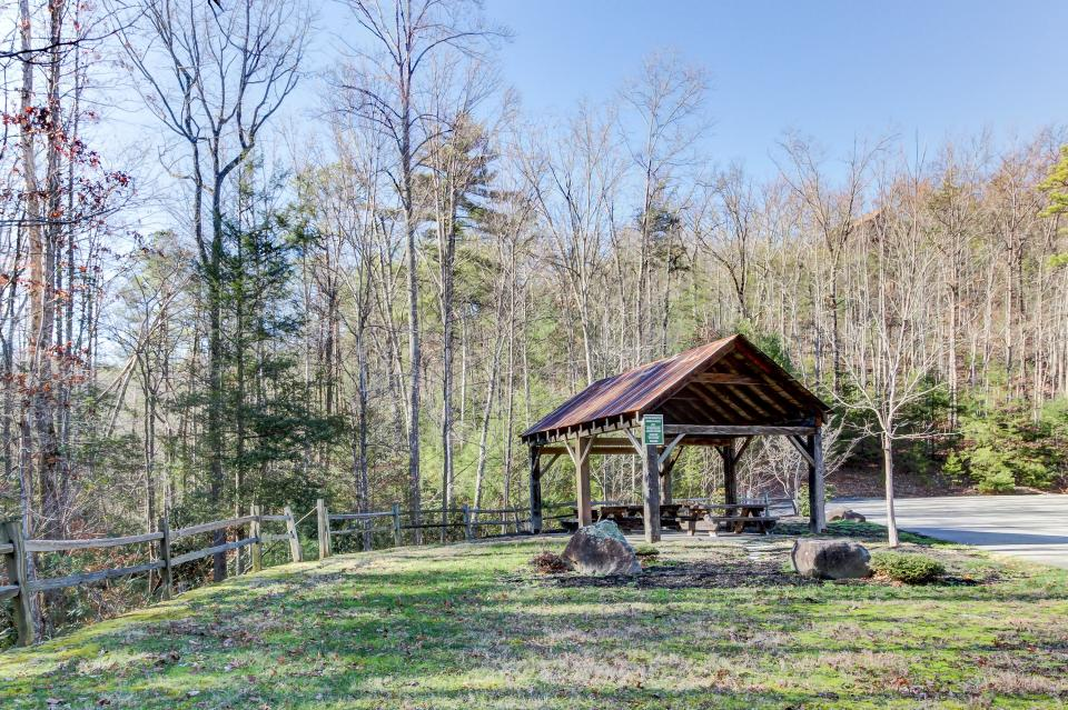 Giddy Up  - Sevierville Vacation Rental - Photo 43