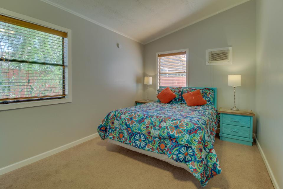 Sandy's Beach House - Panama City Beach Vacation Rental - Photo 23