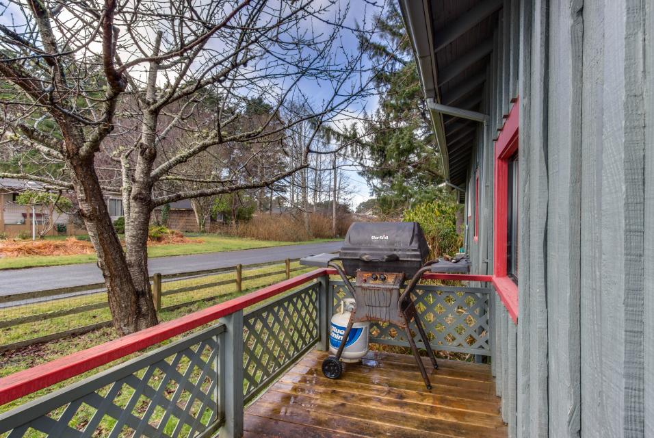 Sommers' Cabin - Gleneden Beach Vacation Rental - Photo 12