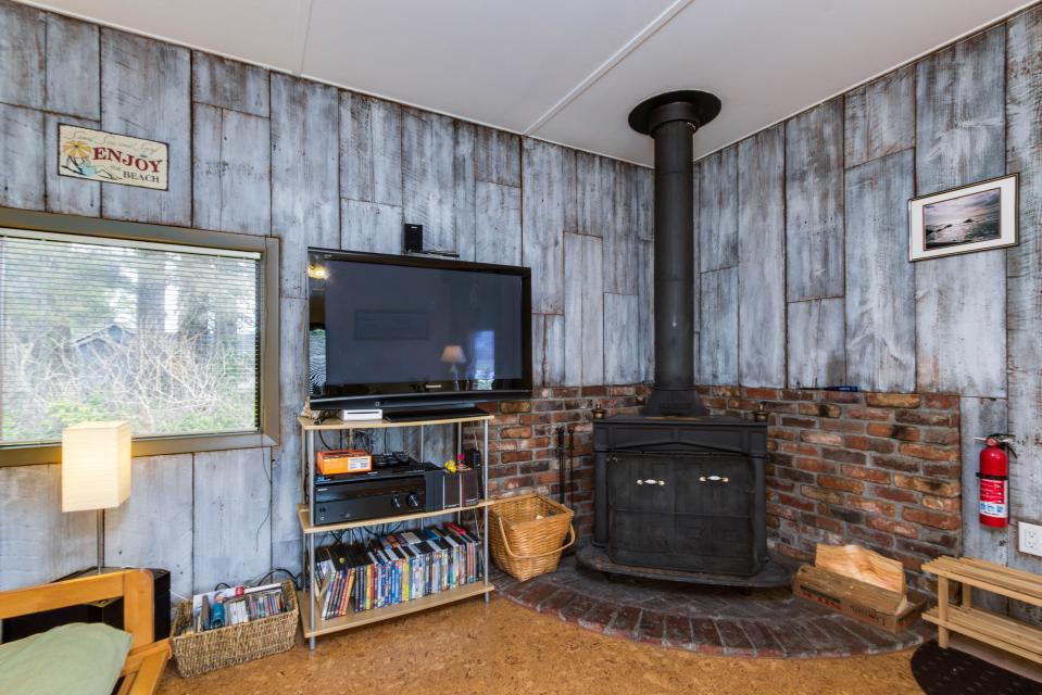 Sommers' Cabin - Gleneden Beach - Take a Virtual Tour