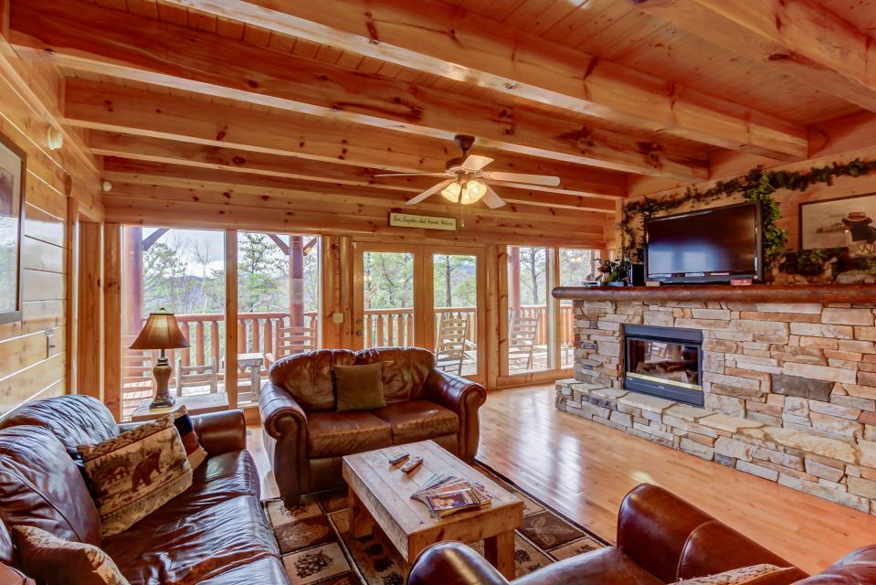 Million Dollar View  - Sevierville - Take a Virtual Tour