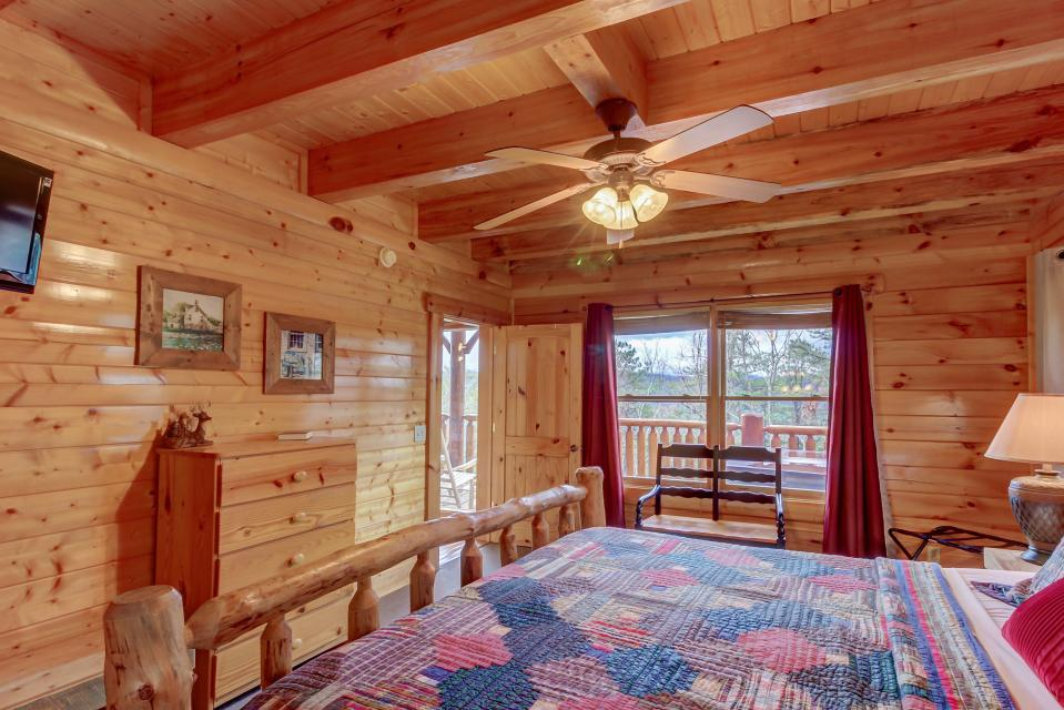 Million Dollar View  - Sevierville Vacation Rental - Photo 15