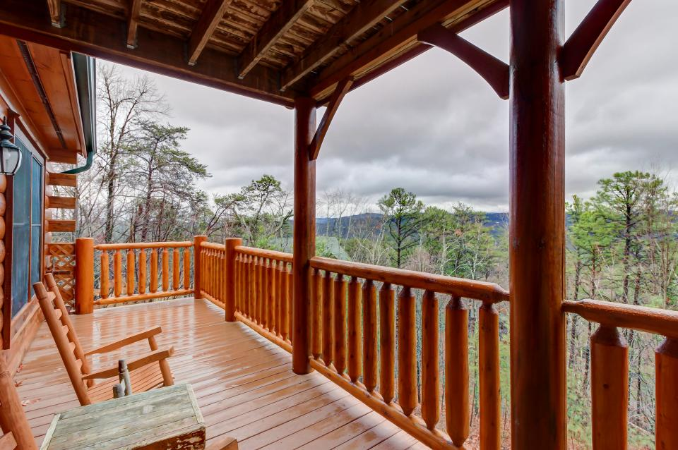 Million Dollar View  - Sevierville Vacation Rental - Photo 23