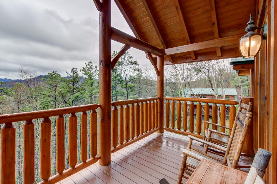Million Dollar View  - Sevierville Vacation Rental - Photo 40