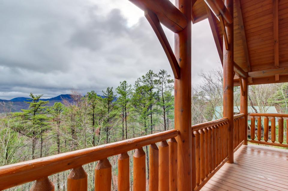 Million Dollar View  - Sevierville Vacation Rental - Photo 42
