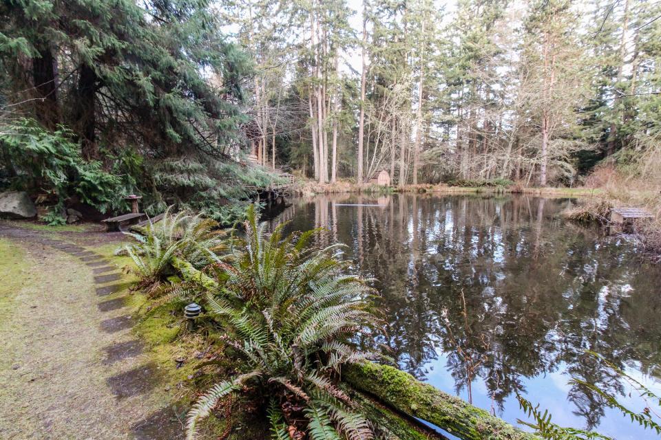 Log Cabin - Greenbank Vacation Rental - Photo 34