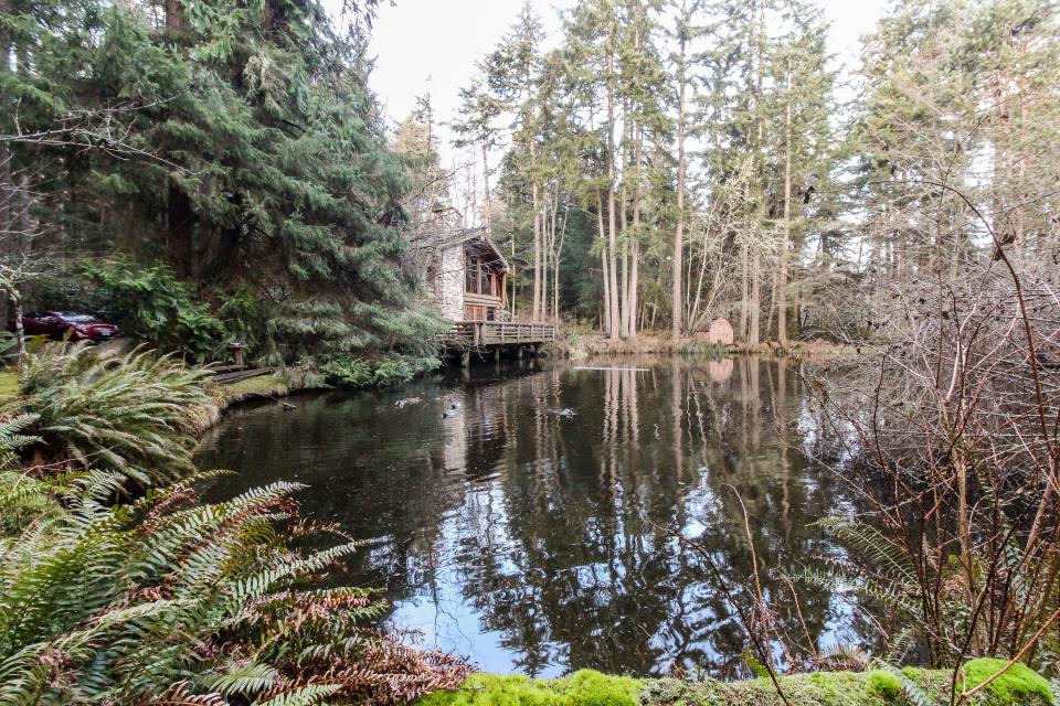 Log Cabin - Greenbank Vacation Rental - Photo 35