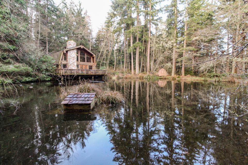 Log Cabin - Greenbank Vacation Rental - Photo 33