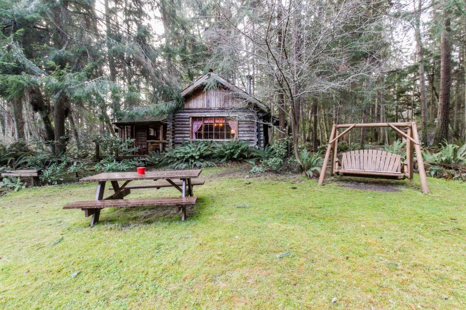 Log Cabin - Greenbank Vacation Rental - Photo 30