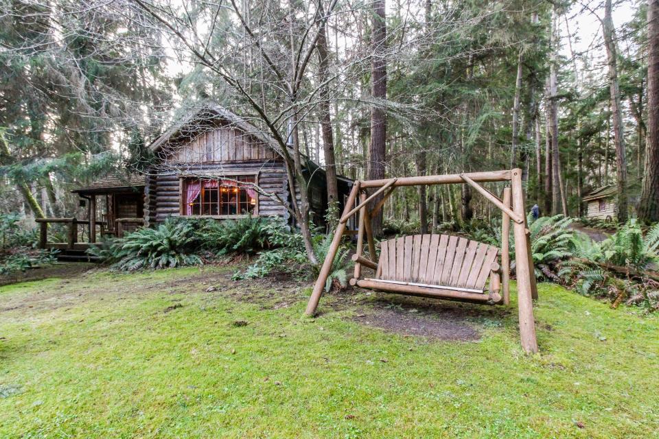 Log Cabin - Greenbank Vacation Rental - Photo 29