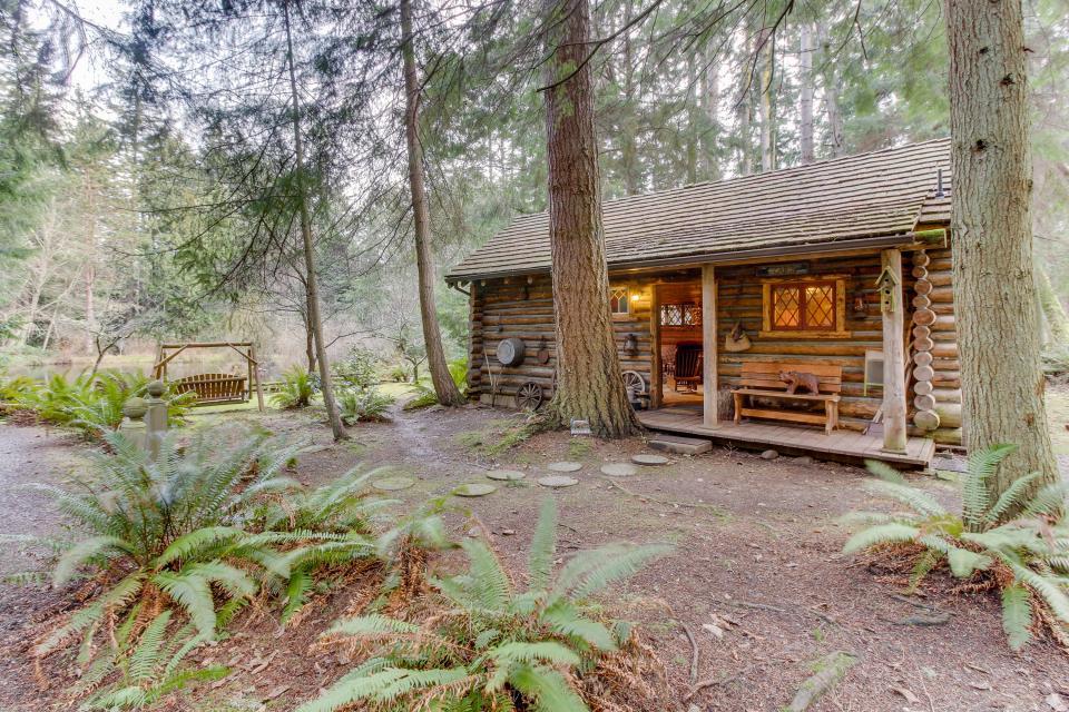 Log Cabin - Greenbank - Take a Virtual Tour