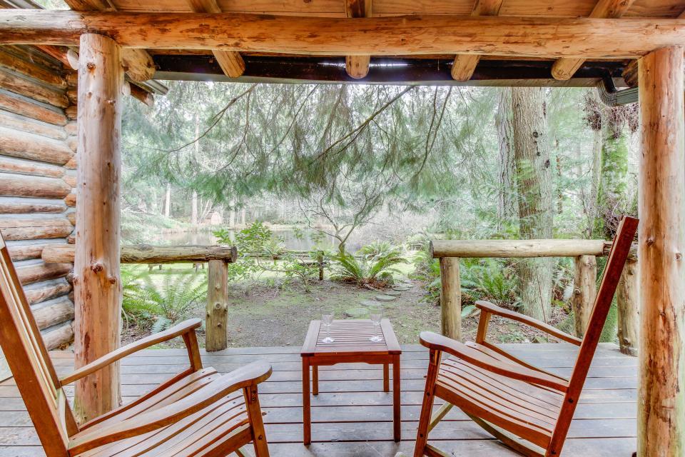 Log Cabin - Greenbank Vacation Rental - Photo 2