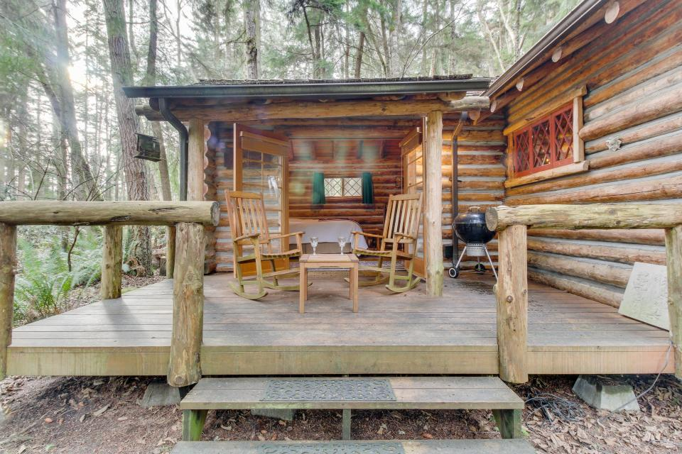 Log Cabin - Greenbank Vacation Rental - Photo 24