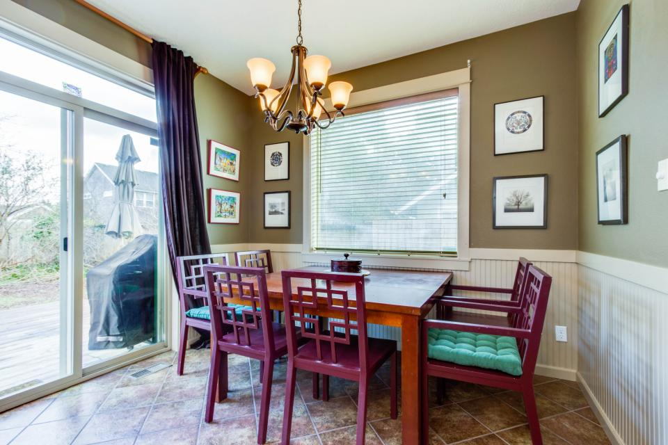 The Sand Dollar - Lincoln City Vacation Rental - Photo 7