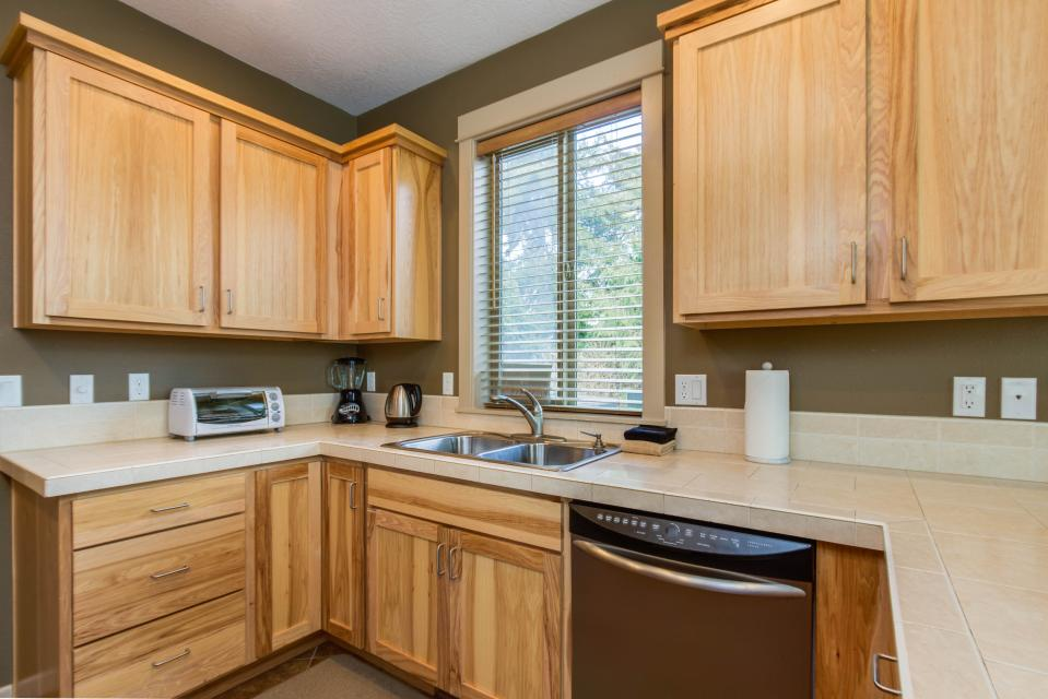 The Sand Dollar - Lincoln City Vacation Rental - Photo 10
