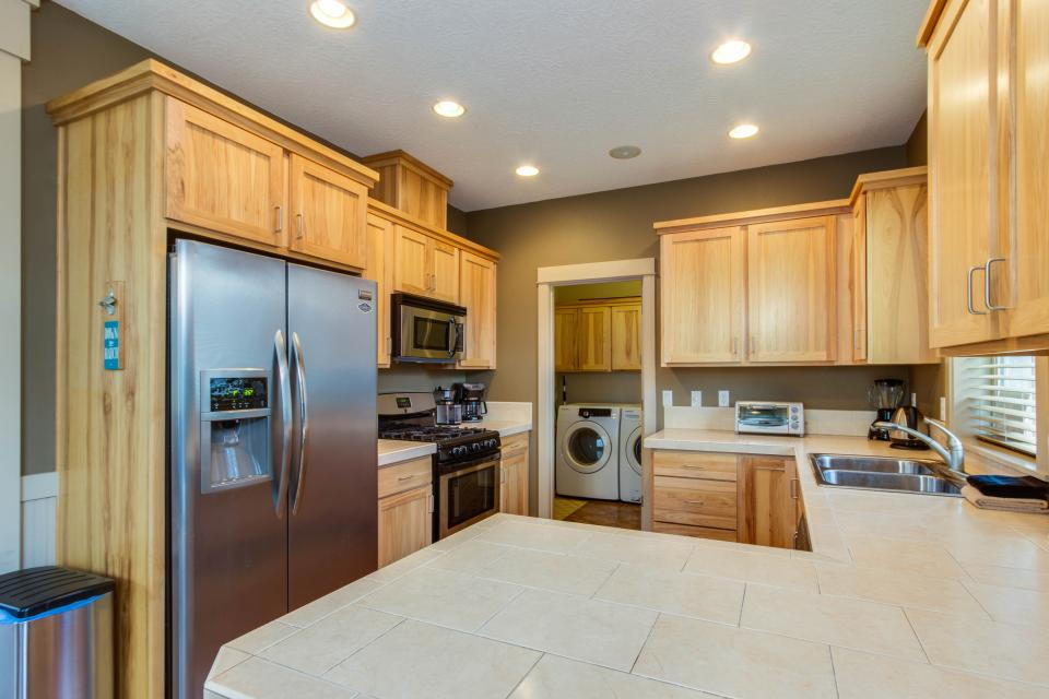 The Sand Dollar - Lincoln City Vacation Rental - Photo 9