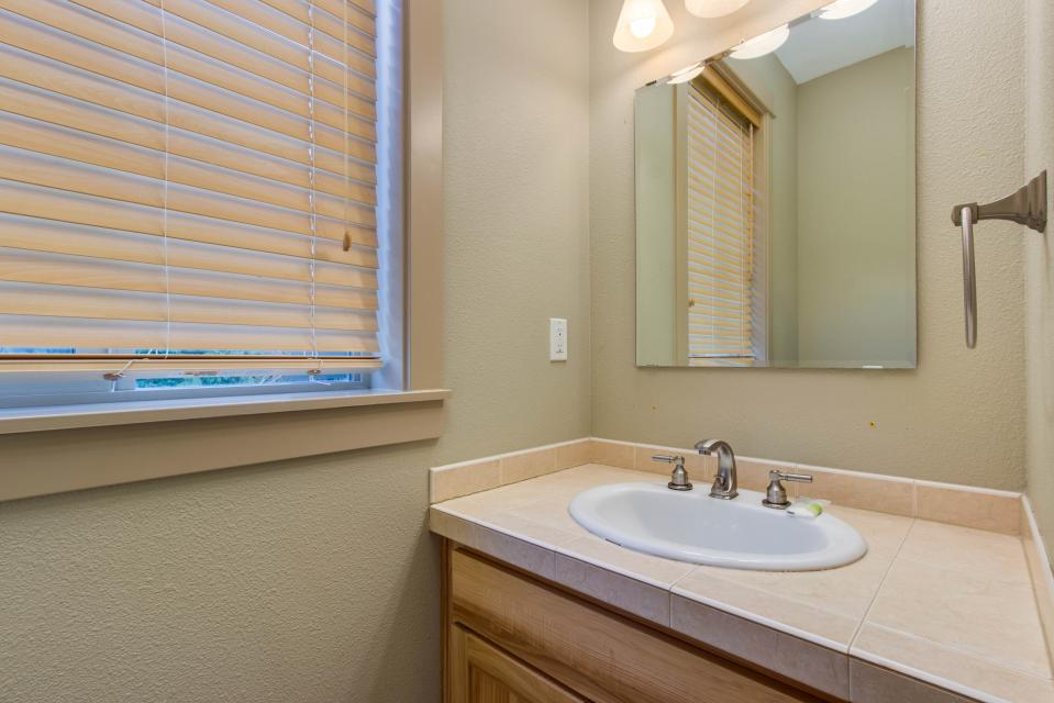 The Sand Dollar - Lincoln City Vacation Rental - Photo 19