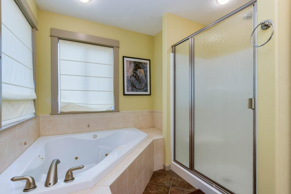 The Sand Dollar - Lincoln City Vacation Rental - Photo 14
