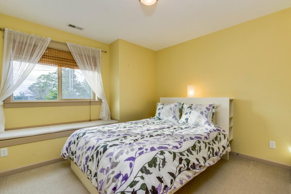 The Sand Dollar - Lincoln City Vacation Rental - Photo 16