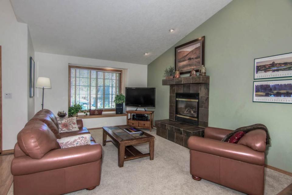 12 Whistler - Sunriver Vacation Rental - Photo 2