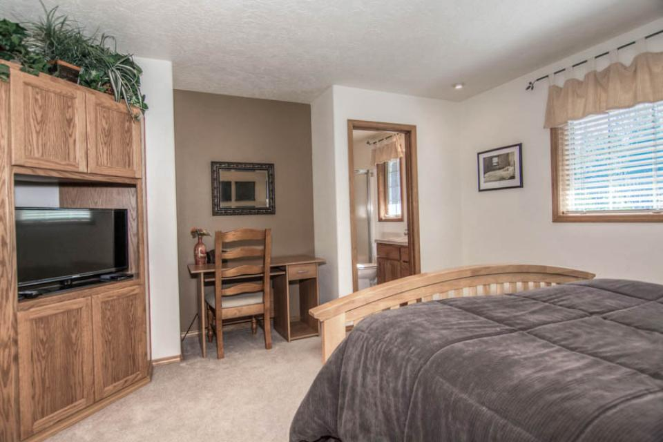 12 Whistler - Sunriver Vacation Rental - Photo 22