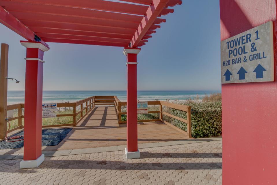 Majestic Beach Resort Tower 1 unit 714 - Panama City Beach Vacation Rental - Photo 17