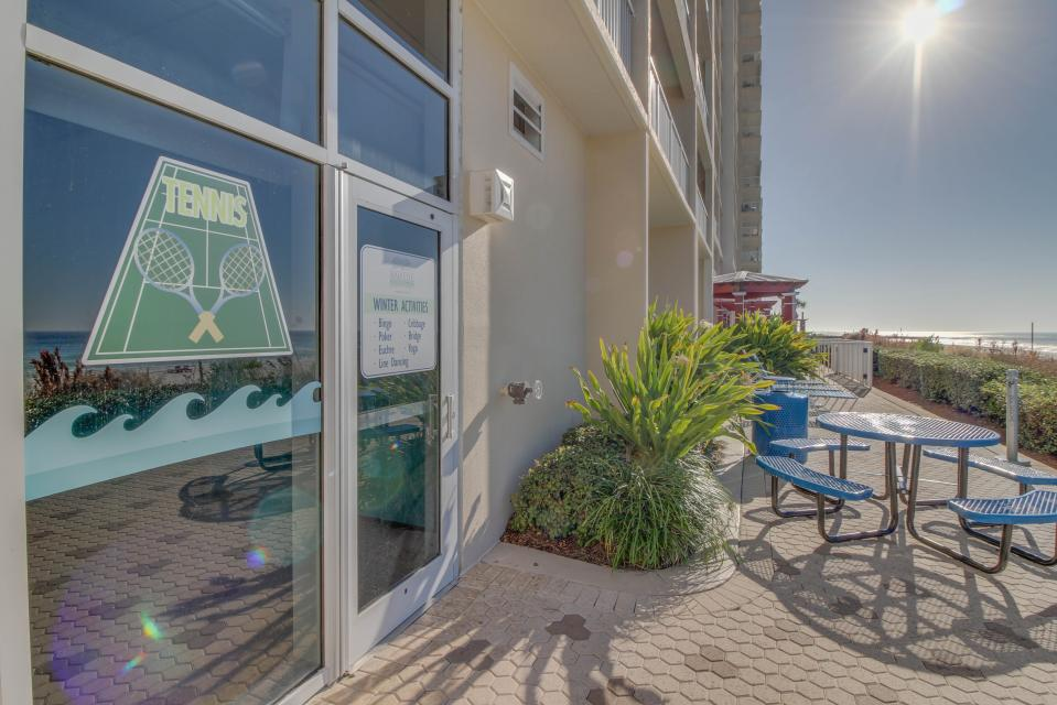 Majestic Beach Resort Tower 1 unit 714 - Panama City Beach Vacation Rental - Photo 18