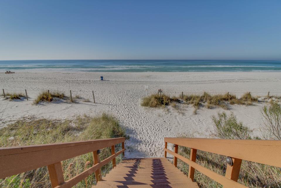 Majestic Beach Resort Tower 1 unit 714 - Panama City Beach Vacation Rental - Photo 24