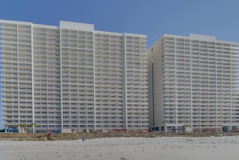 Majestic Beach Resort Tower 1 unit 714 - Panama City Beach Vacation Rental - Photo 4