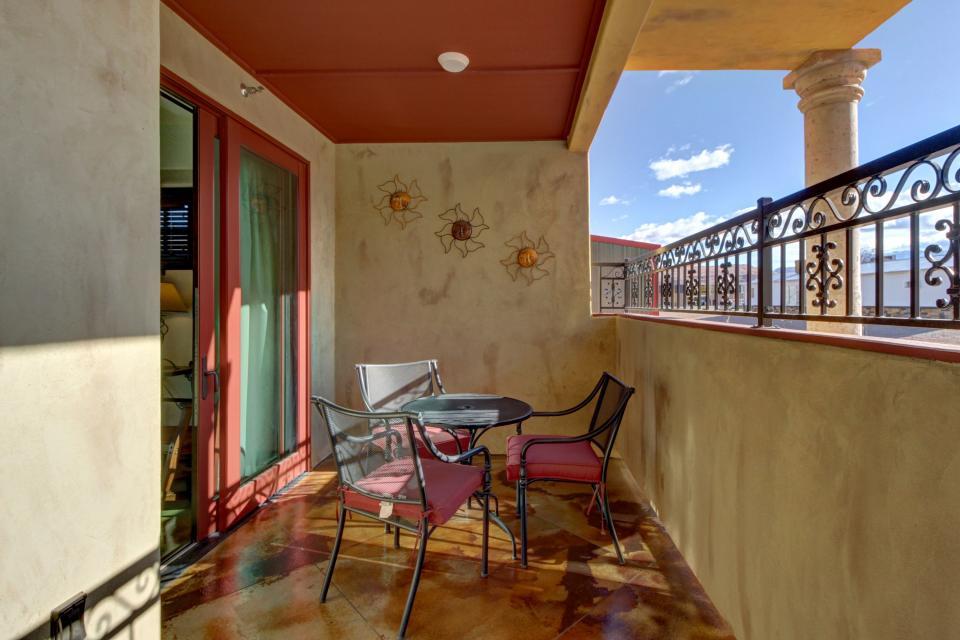 La Dolce Vita Villa's - Sombra de Verano - Moab Vacation Rental - Photo 6