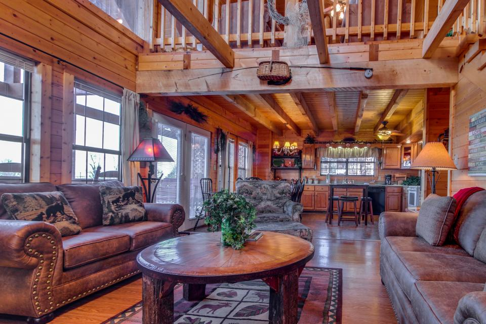 Fox Hollow Cabin - Sevierville Vacation Rental - Photo 6