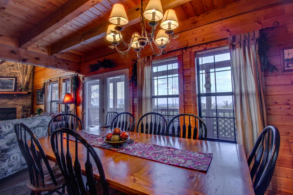 Fox Hollow Cabin - Sevierville Vacation Rental - Photo 7