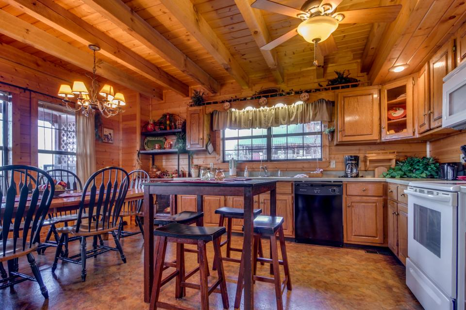 Fox Hollow Cabin - Sevierville Vacation Rental - Photo 8