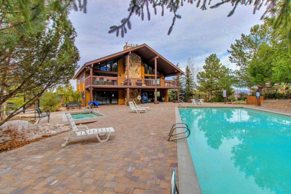Red Pine Canyons View Condo - Park City Vacation Rental - Photo 3