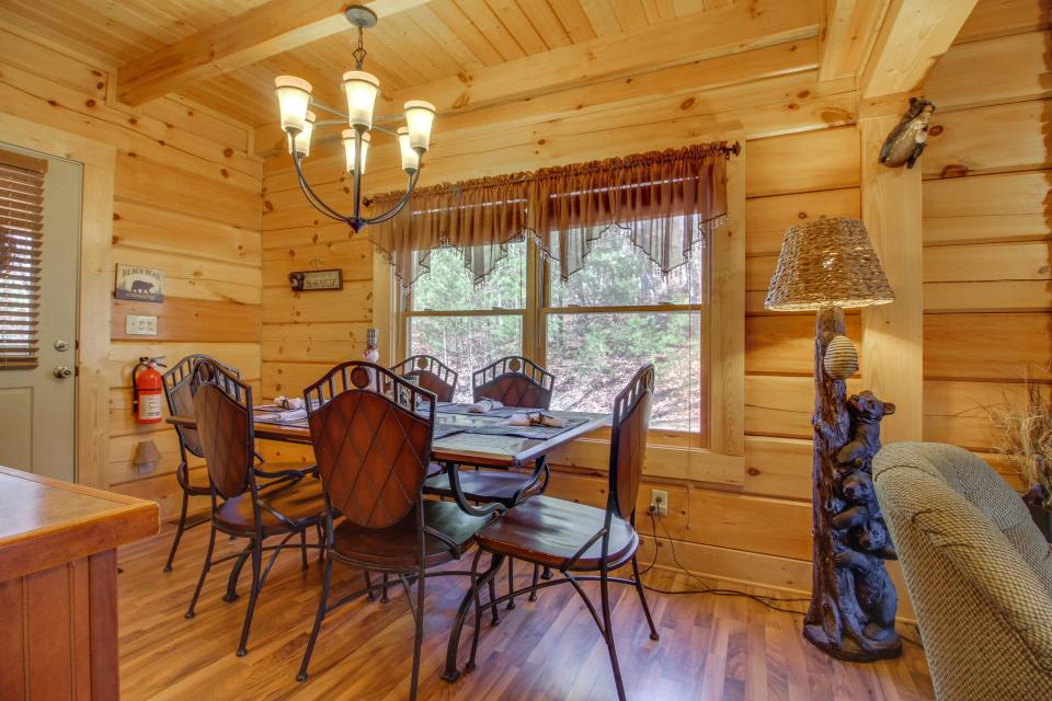 Big Daddy's Hideaway - Sevierville Vacation Rental - Photo 10