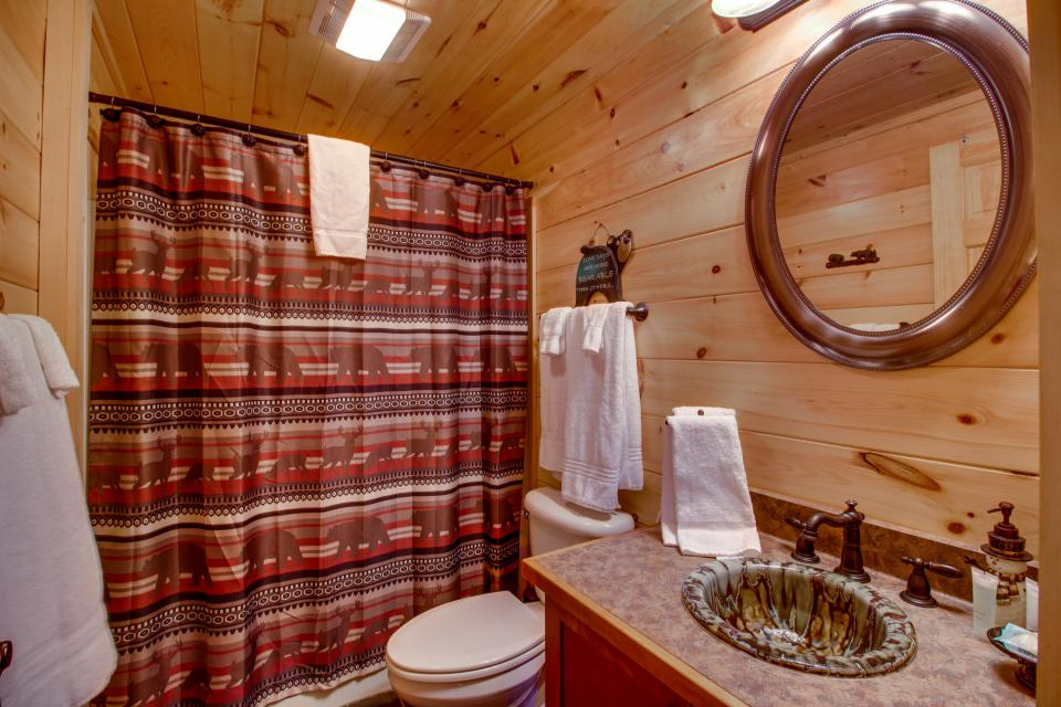 Big Daddy's Hideaway - Sevierville Vacation Rental - Photo 15